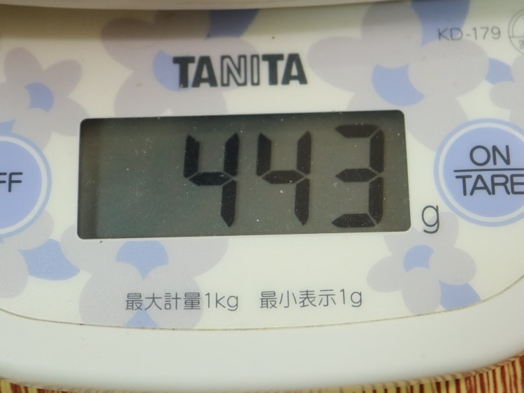エバークックα玉子焼きの重さ443g