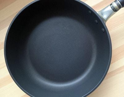 テフロンフライパンの調理面
